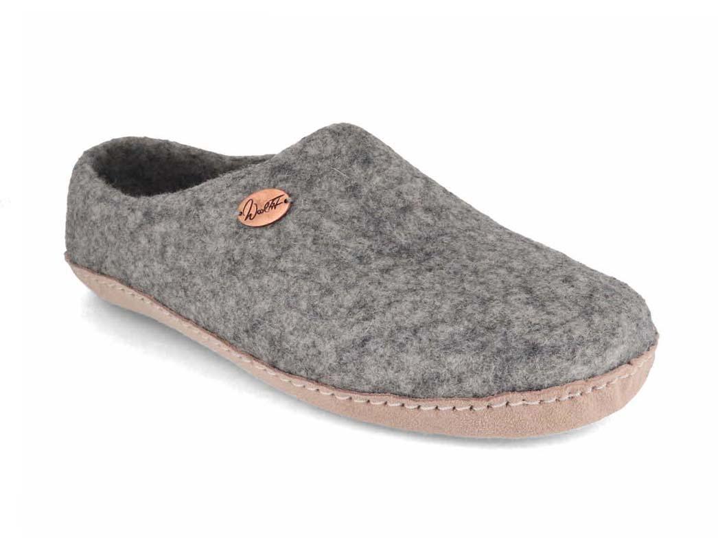 WoolFit® Felt Slippers   Footprint, stone gray